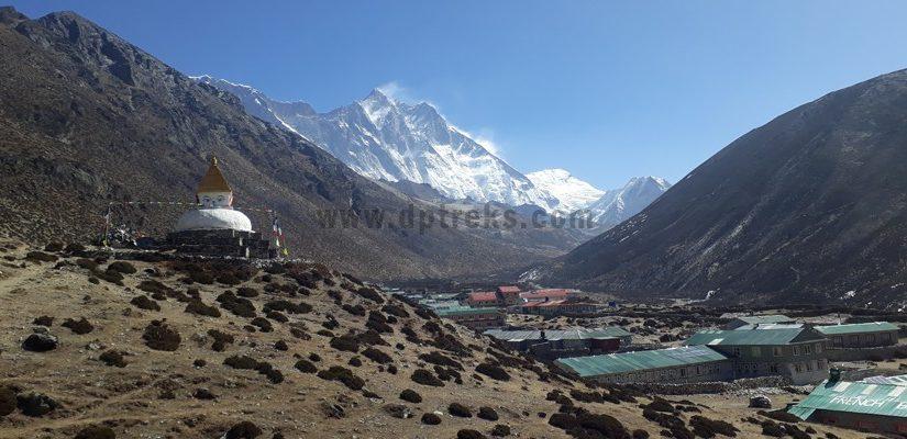 stupa-dingboche-village-and-Mt.-Lhotse