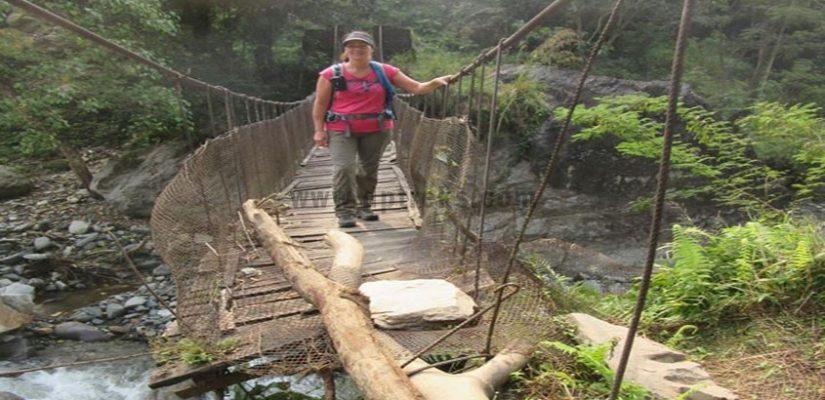 Crossing--Old-Bridge