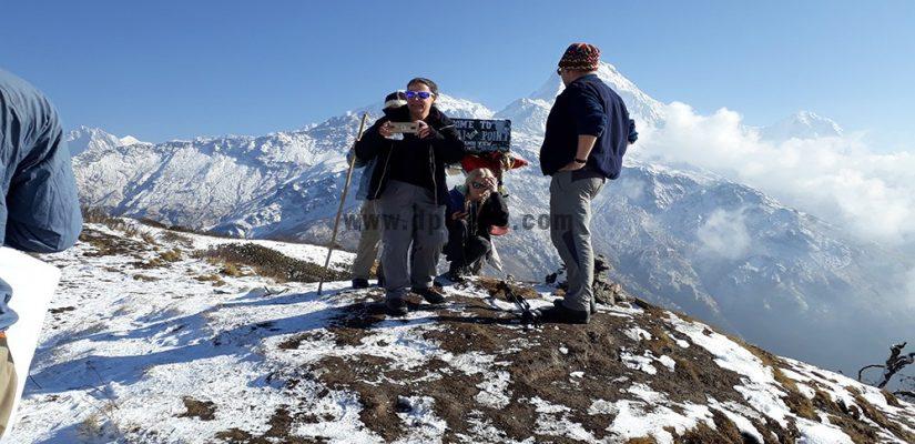 Family trek Khayer