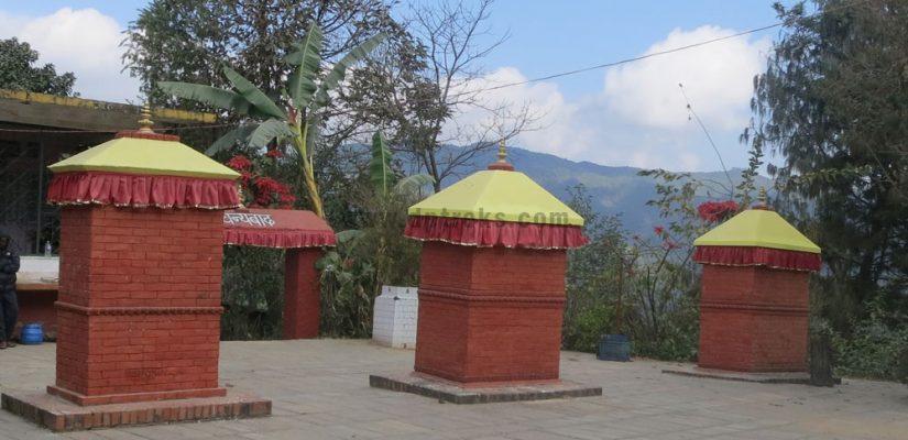 Hindu-Temple-on-Trekking