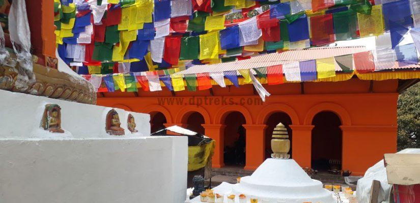 Pray-Flage-at-Nagarjung