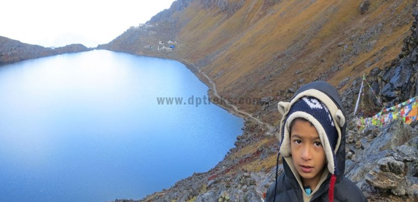 Youngest-Trekker-in-Gosaikunda-lake