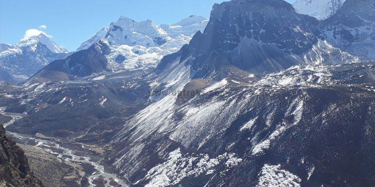 Everest-Gokyo Renjo La Trek in Nepal